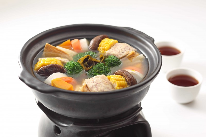 烏龍蔬食茶湯煲 Vegetable hot pot with Dong Ding Oolong tea soup