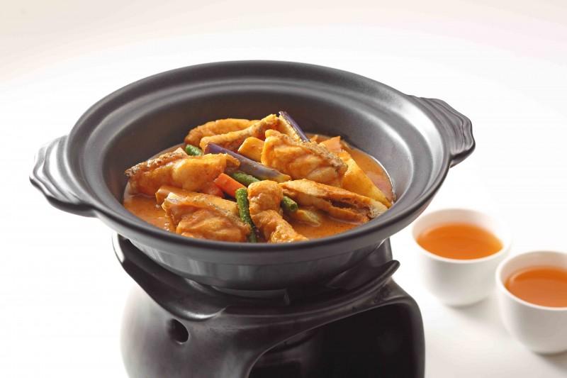 荔紅咖喱石斑魚片茶煲