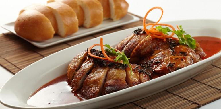 紅燒茶雞(配)手工饅頭