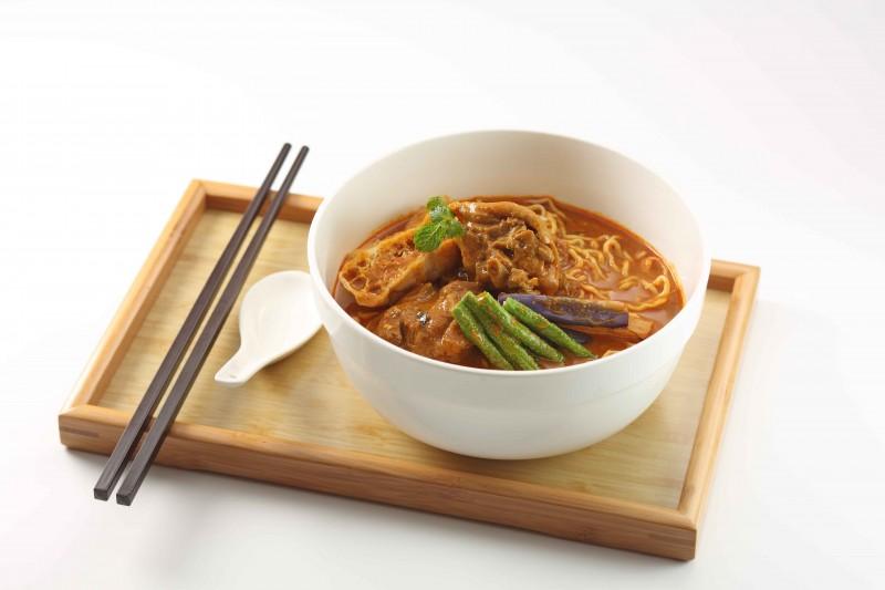 紅茶咖喱鷄湯麵
